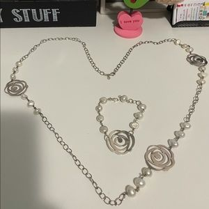 Full jewelry set Pearl and silver 925 Authentic